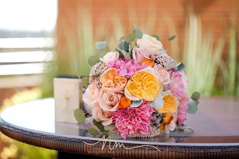 Hand-tied bouquet, color pop
