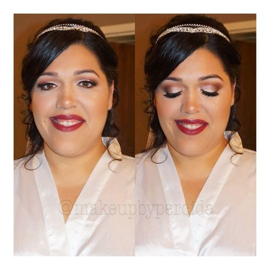 Peachy makeup look with strong red lip