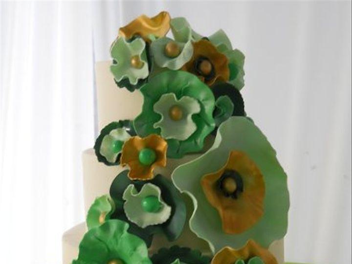 Tmx 1311971477730 Greenabstractflowersrs Baltimore wedding cake