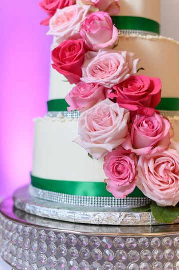 Gorgeous pink floral cake