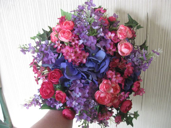Violet and pink bouquet