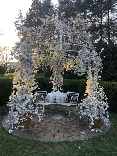 Gazebo decorated for wedding