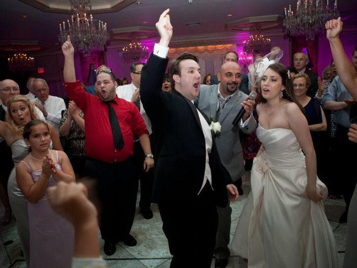 Tmx 1487783845928 Bride And Groom Villa Barone Greenwich wedding band
