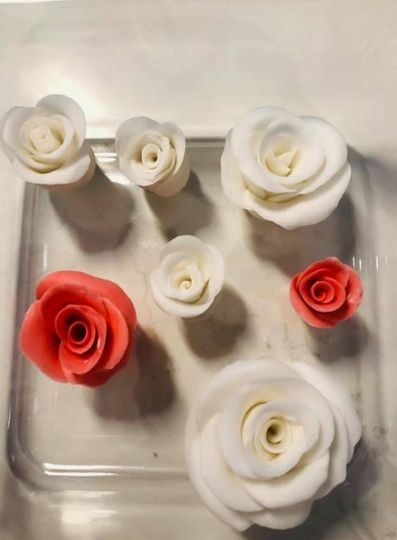 Get Caked roses