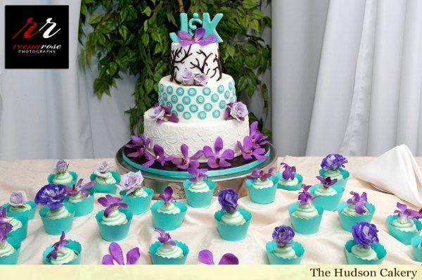 Tmx 1291826966442 ReenaRosePhotographyCake2 Weehawken wedding cake