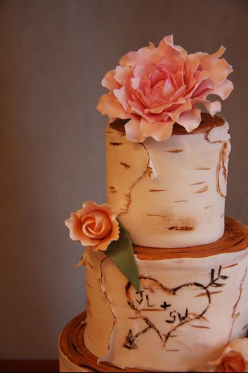 Flower topper for wedding cake