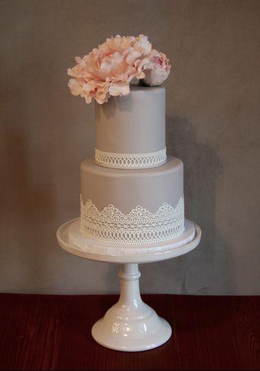 Frosted fox cake shop wedding cake mt airy pa weddingwire 800x800 1467129713834 img5055 800x800 1467129691567 img4986 junglespirit Gallery