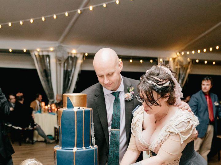 Tmx Jeanineleclairenicholasthomson 180 51 787169 157574427548499 Philadelphia, Pennsylvania wedding cake