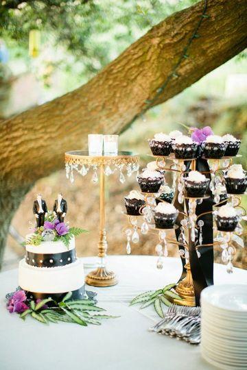greg kevins wedding cake