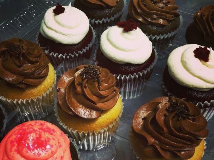 Tmx 1424809147080 Cupcakes 1 Los Osos wedding cake