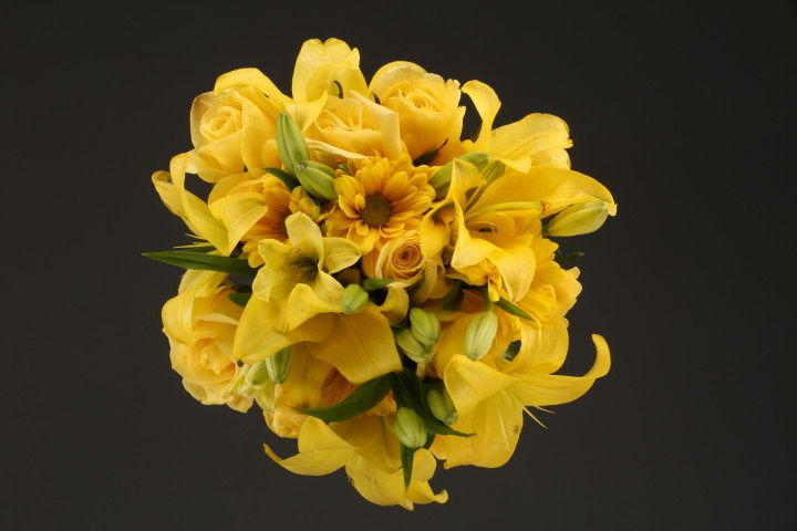 800x800 1467149908339 9964 mixed flower yellow fv