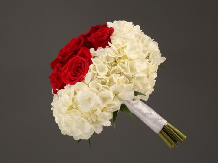 Tmx 1467150634583 9927 Red Rose  White Hydrangea Mix Sv Dearborn, MI wedding florist