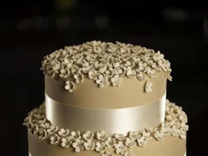 Tmx 1284745958040 322393984987248027517398024023696407284n Vancouver wedding cake