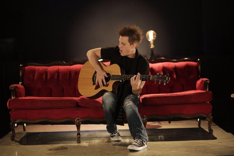 Acoustic Singer/Songwriter
