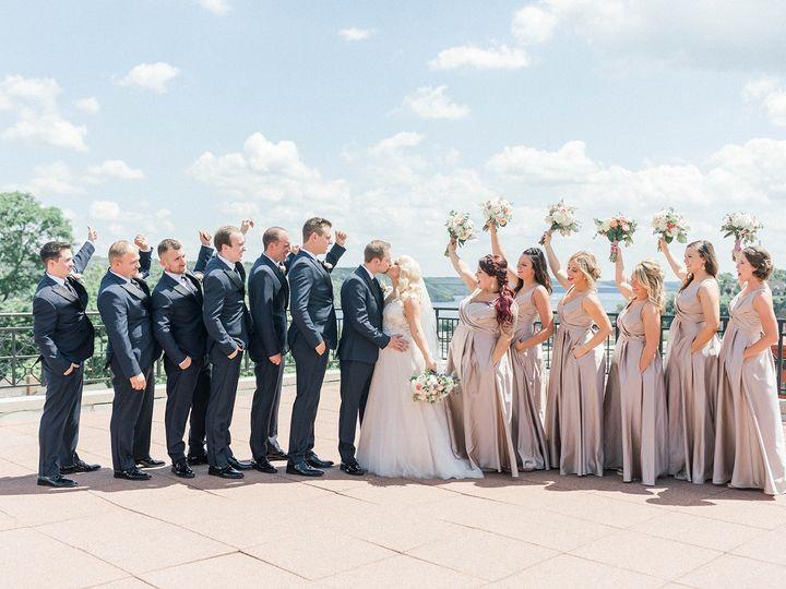 Tmx 69880674 10214206869230421 1878642901706080256 O 51 1014269 160384600287250 Minneapolis wedding planner