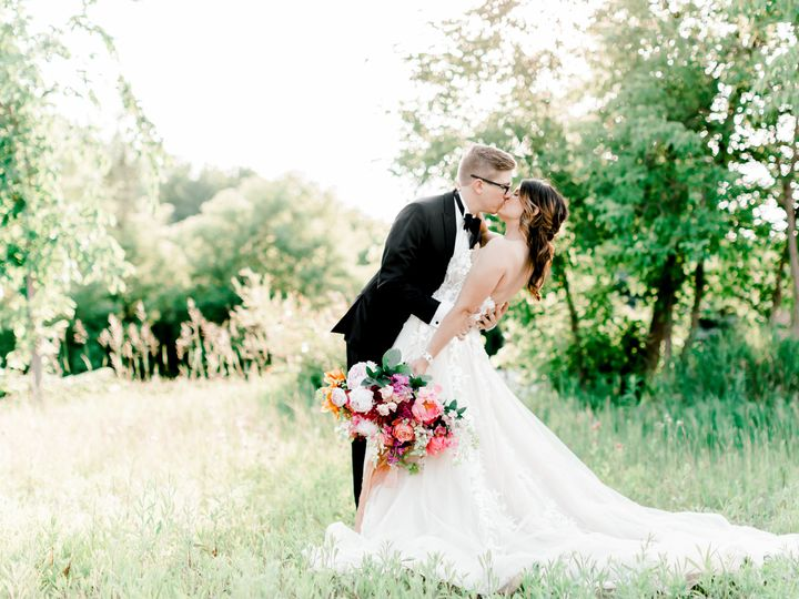 Tmx Donkey Styled Shoot Turpin 3 51 1014269 160384618064825 Minneapolis wedding planner