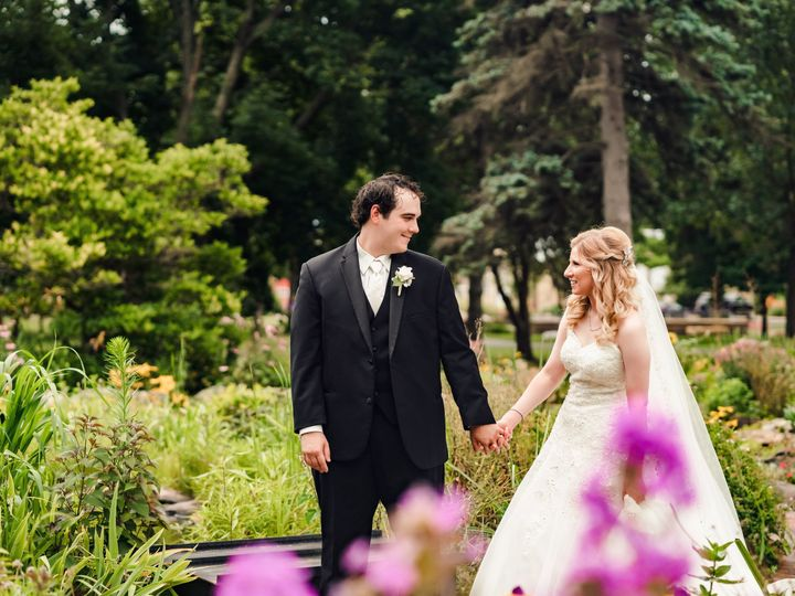 Tmx Ez02 029 51 1014269 160384833830375 Minneapolis wedding planner