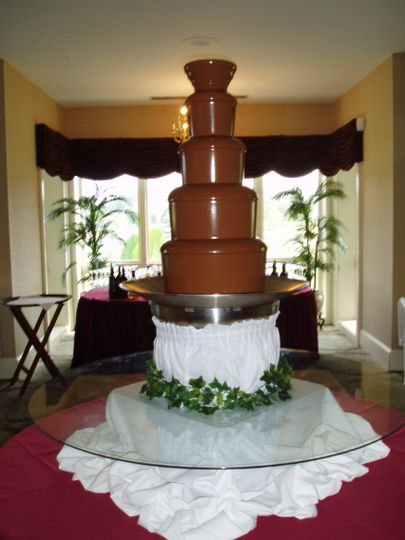 Xl milk chocolate fountain