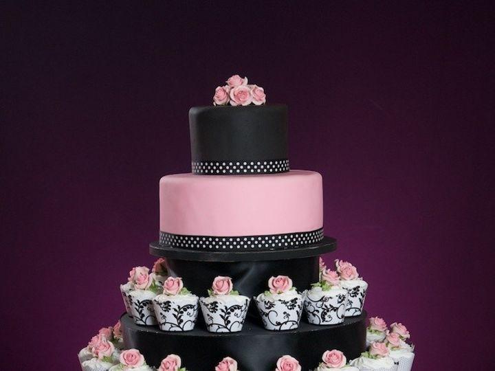 Tmx 1481591187316 Dsc0702 Kenosha wedding cake