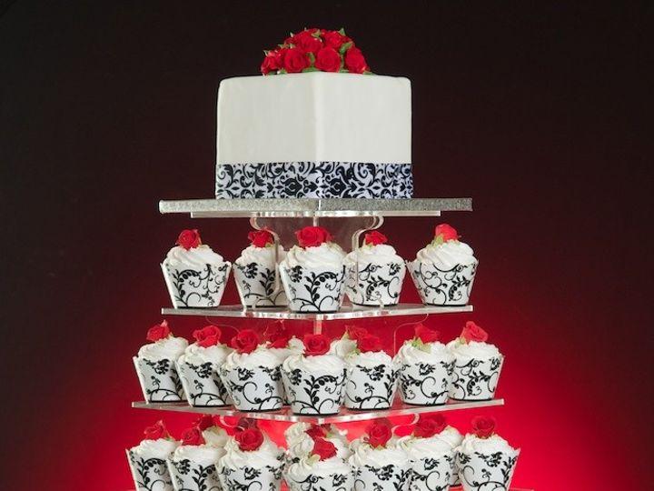 Tmx 1481591230885 Dsc5632 Kenosha wedding cake
