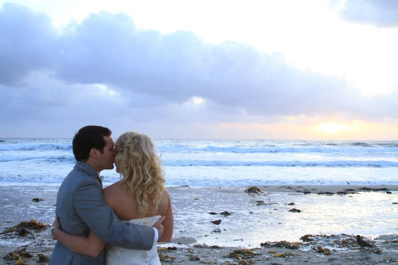 Lovers by the waves