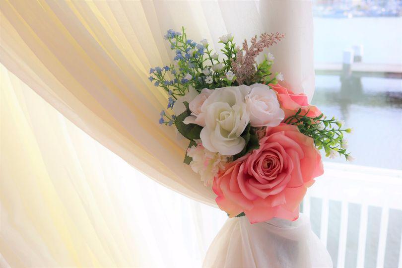 Floral tie backs