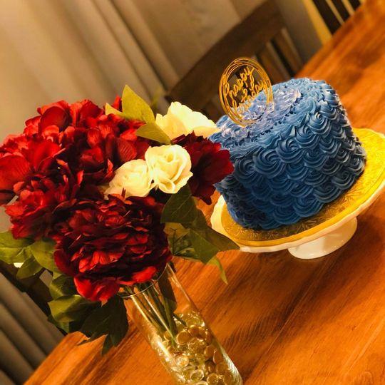 Royal blue rosette cake