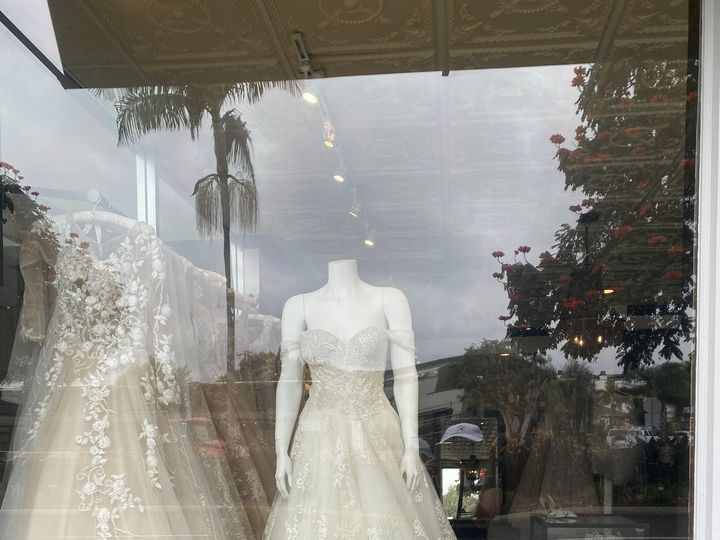 Tmx Img 1883 51 1369 160246716867945 Corona Del Mar, CA wedding dress