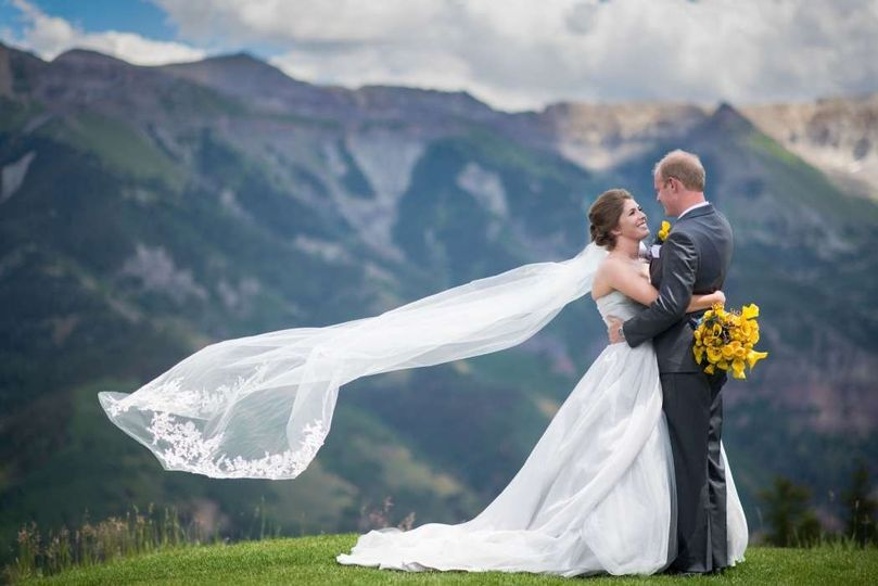 8cb4e847fbed0b64 1430936577519 adventure photo bride and groom on mountain dest