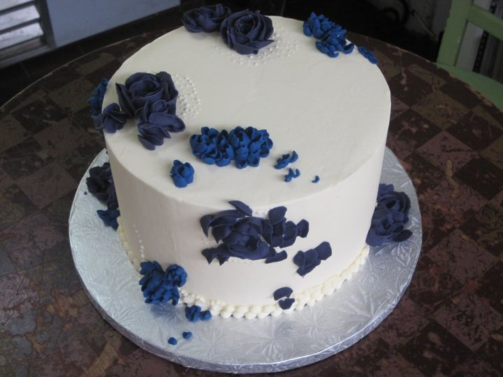 Tmx 1360351546678 SomethingBlueWeddingCake Brooklyn wedding cake