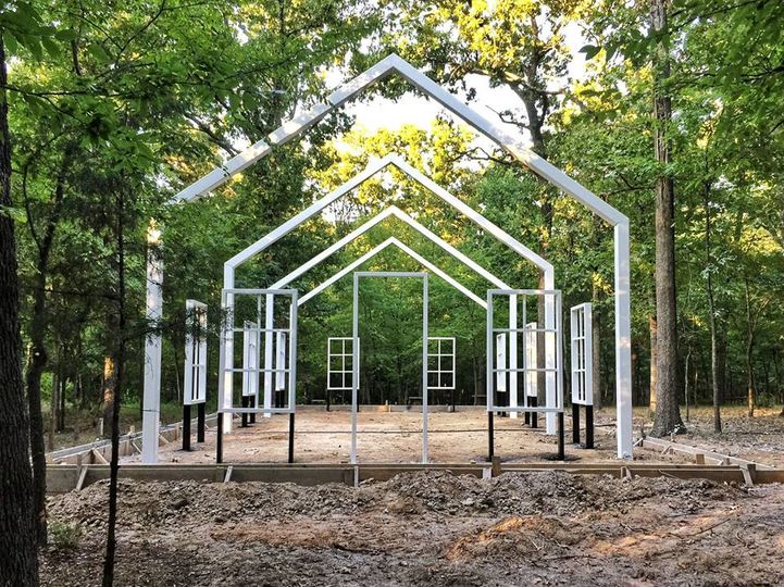 Outdoor chapel construction