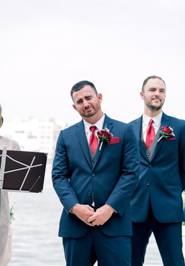 The most epic groom reaction.