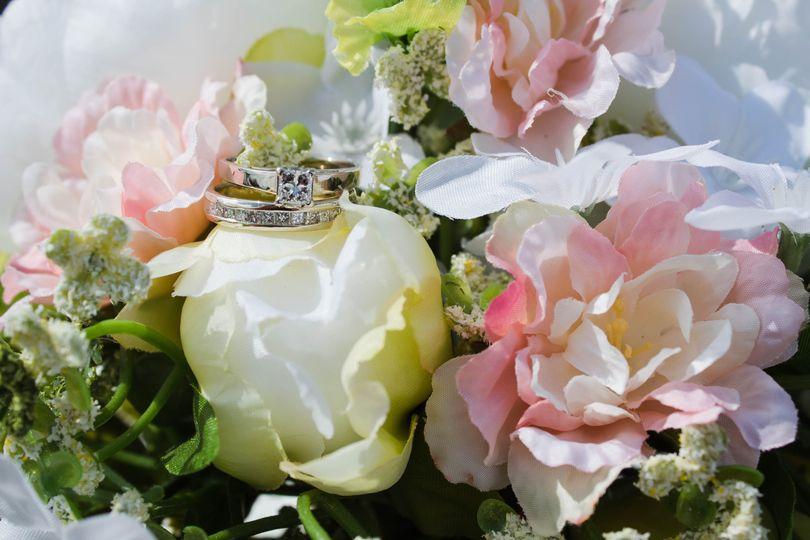 Diamond and flowers