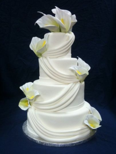 Specialty Cakes by Kelli Wedding Cake Meridian MS WeddingWire