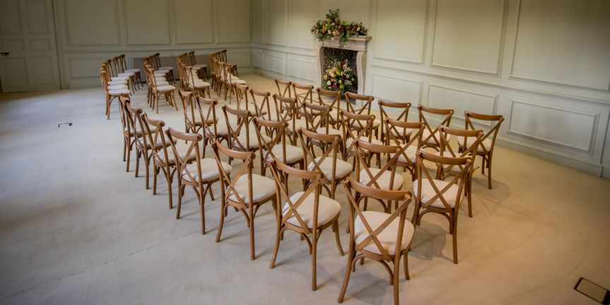 Queen Anne ceremony room