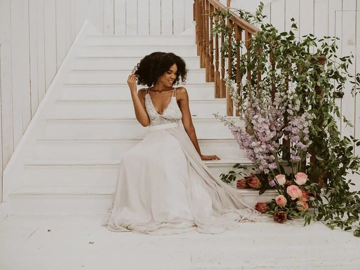 Tmx 1534004049 7a03f6d898ab9c3c 1534004048 3b3574d7d95886be 1534004048529 2 38879456 102113058 Denton wedding florist