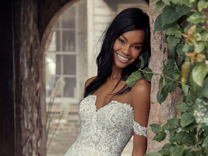 Tmx Vanessa 2 51 93469 159776077167803 Whitinsville, MA wedding dress
