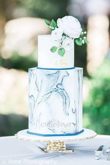 Wedding cake with blue marble