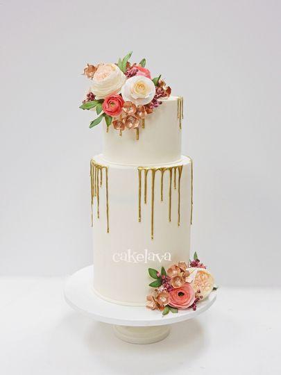 Gold drips, handmade flowers
