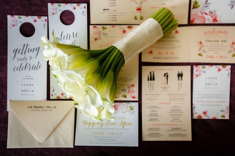 Invite with bouquet