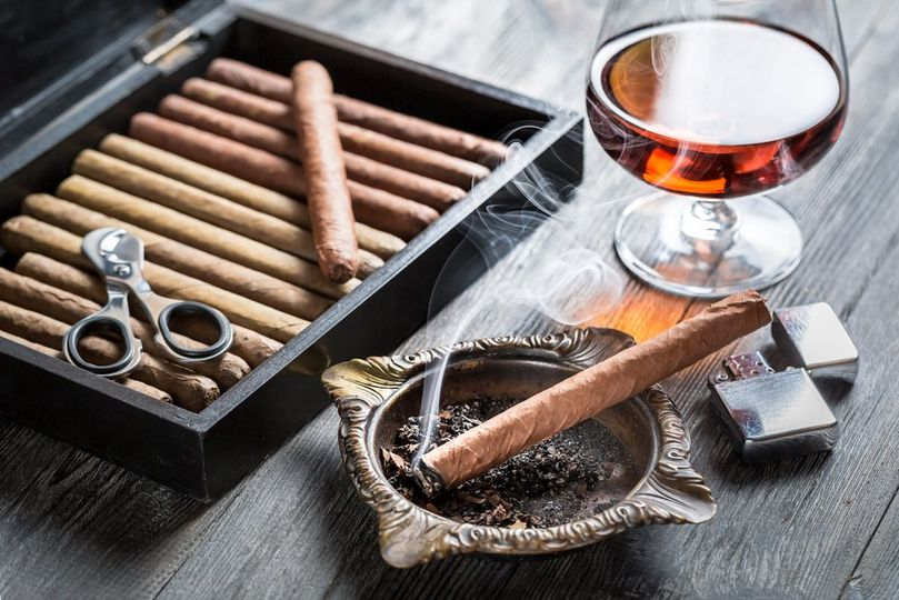 Cigar lover gifts