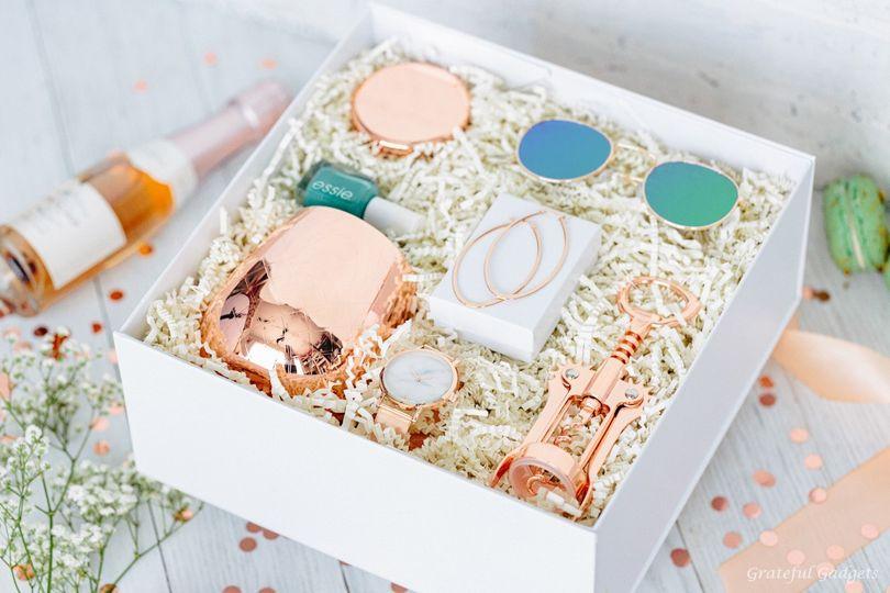 rose gold gift box wine tumbler marble watch earrings wine bottle opener sunglasses makeup mirror 51 1040569 1566585753