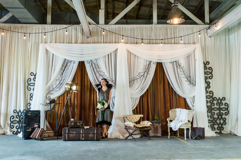 Image c. of South Sound Wedding & Event Magazine and Van Wyhe Photography