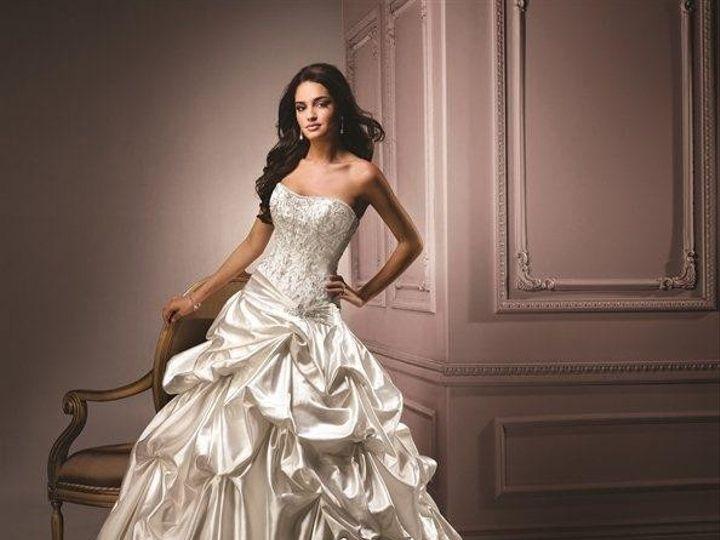 Tmx 408211 507843209228436 1628593720 N 51 42569 158100569267452 Burlingame, California wedding dress
