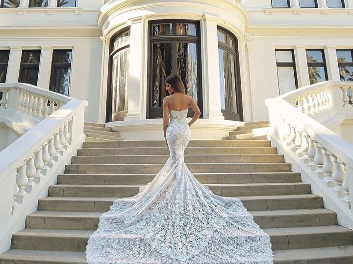 Tmx 57099144 2408462499166488 3011983822209155072 O 51 42569 158100569442938 Burlingame, California wedding dress