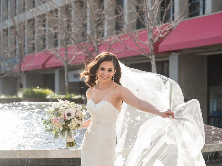 Tmx 64460768 2518039504875453 5887472333915947008 O 51 42569 158100569470420 Burlingame, California wedding dress