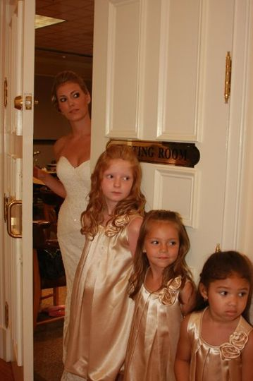 Bride and Flower Girls, Wedding Photographer, Fords Colony