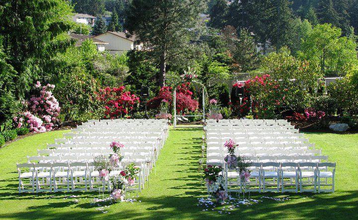 98859055a72c9e49 Wedding Lawn
