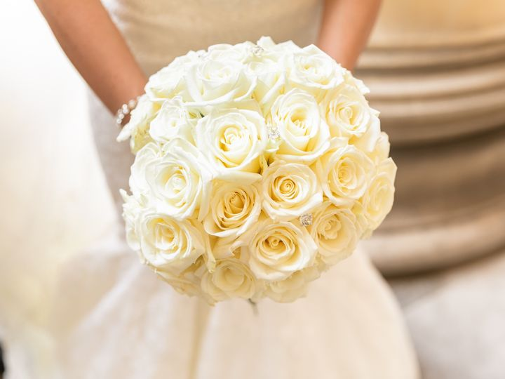 Tmx 158a9318daniellefilmandphotoembassysuitesstpaulcathedralriversclubweddingphotographerpittsburghdowntown2019 51 939569 157493522493793 Pittsburgh, PA wedding photography