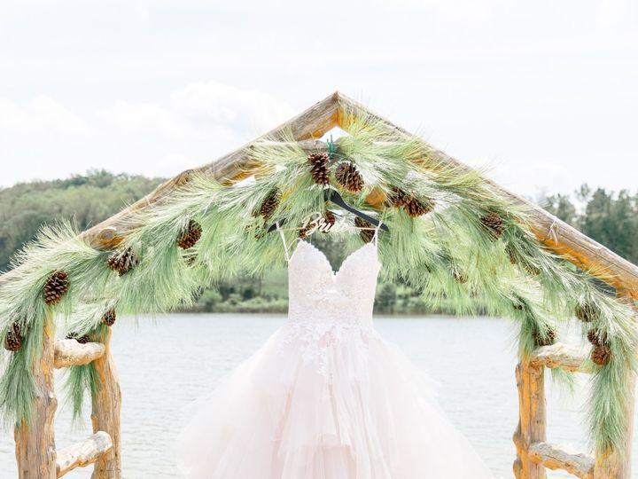 Tmx 3i5a5713daniellefilmandphotothegatheringplaceatdarlingtonlakeweddingphotographerpittsburghweddings2019 51 939569 157535541672999 Pittsburgh, PA wedding photography